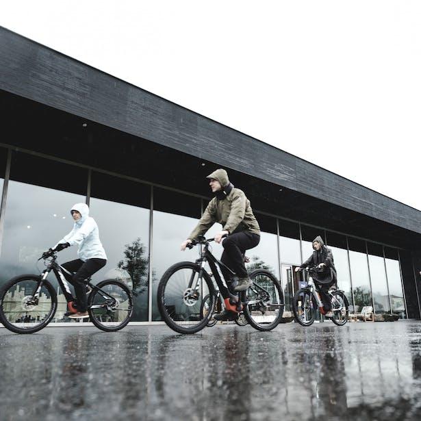 Der ideale Kompagnon beim FAQ? Das E-Bike.